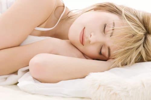 Làn da bạn cần được chăm sóc chu đáo mỗi đêm với mặt nạ ngủ