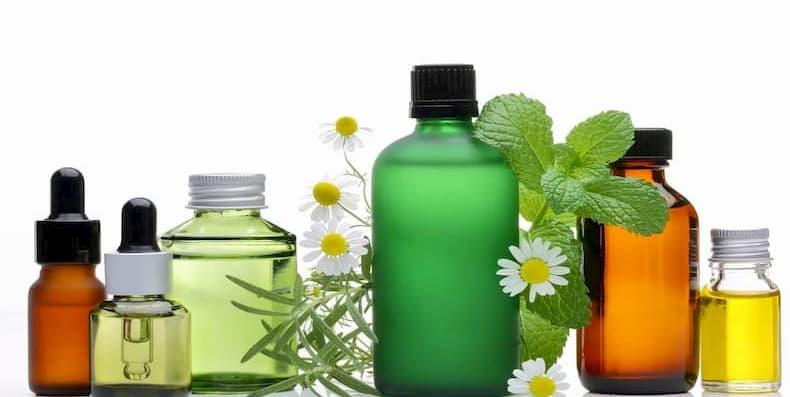 Kem dưỡng ẩm da khô – loại tinh dầu nào phù hợp với bạn?