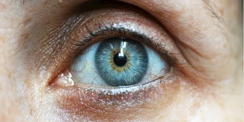 Tìm hiểu kem trị bọng mắt quầng thâm trước khi đưa ra quyết định mua