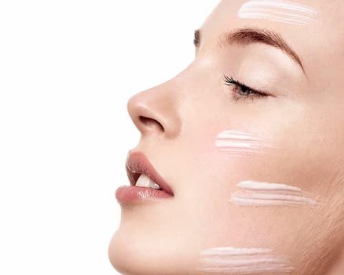 Kem dưỡng ẩm luôn ở bước cuối trong chu trình skincare