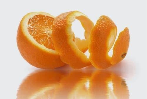 Tác dụng của cam đắng gắn liền với các vấn đề liên quan đến lỗ chân lông
