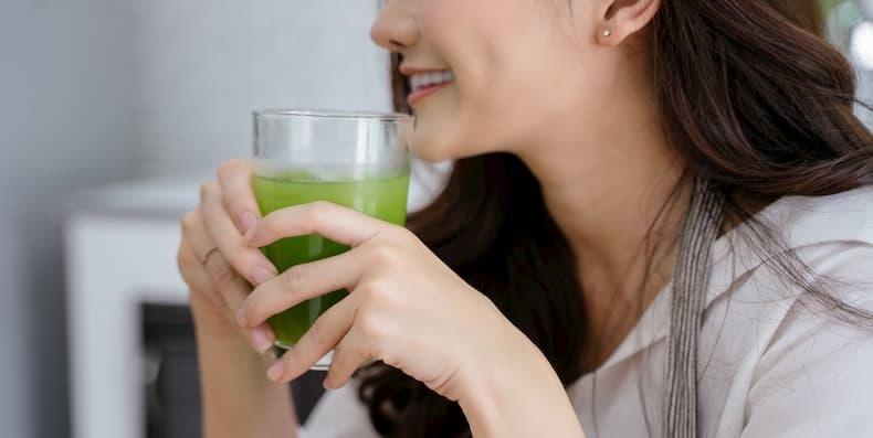 Có nên tin vào nước uống thải độc da?