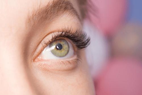 Thực hư bệnh viêm chân lông mi mắt?