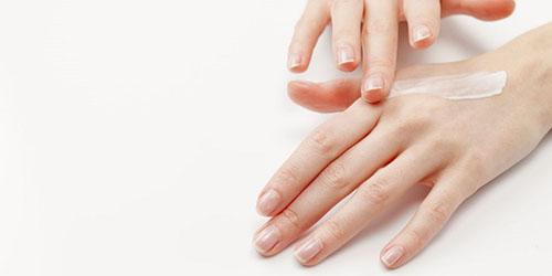 Lưu ý khi dùng mỹ phẩm trị viêm lỗ chân lông