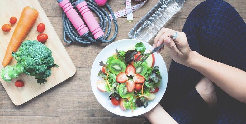 5 Cách làm tăng cường hệ miễn dịch cho cơ thể bằng chế độ dinh dưỡng
